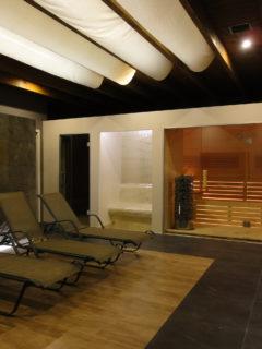 rozgrzewająca sauna